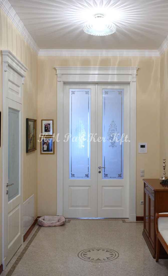 beltéri ajtó, nyílászáró 29, faragott korona