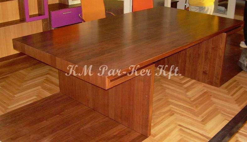 Individuelle Möbel 22, Schreibtisch