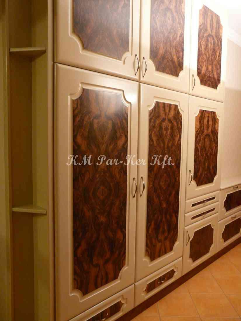 Individuelle Möbel Herstellung 72, Vorzimmer, Nuss Furniert