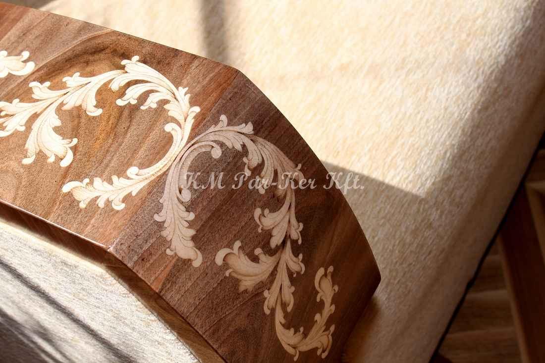 Intarsien Möbel 05, Intarsiensessel mit Armlehne