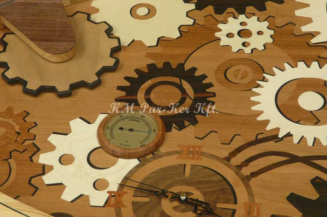 Intarsien Möbel 82, Tisch Abdeckplatte mit Uhr