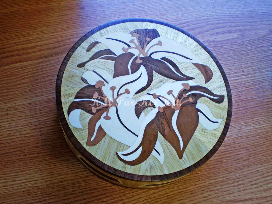 wood inlay box 13, Lily