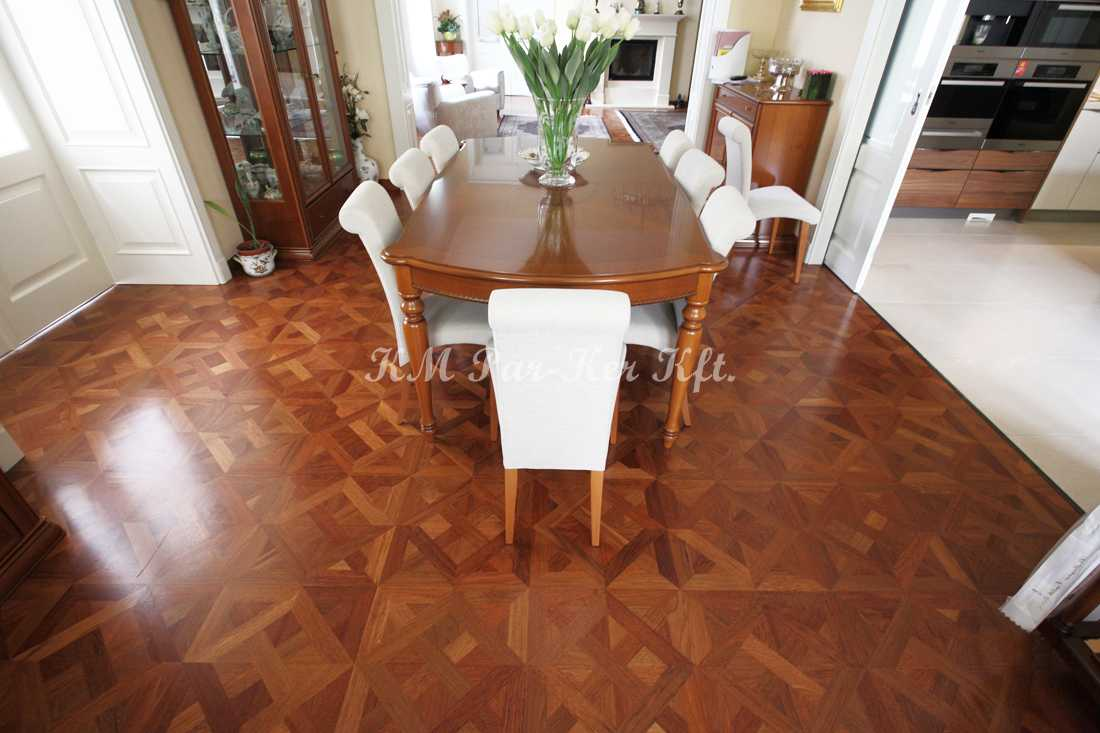wood inlay floor 27, Mending (mahagony)