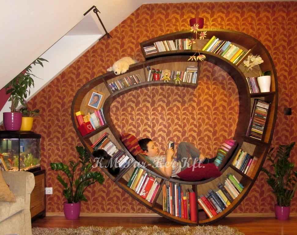 egyedi bútor 01, csiga könyvespolc, olvasókuckó