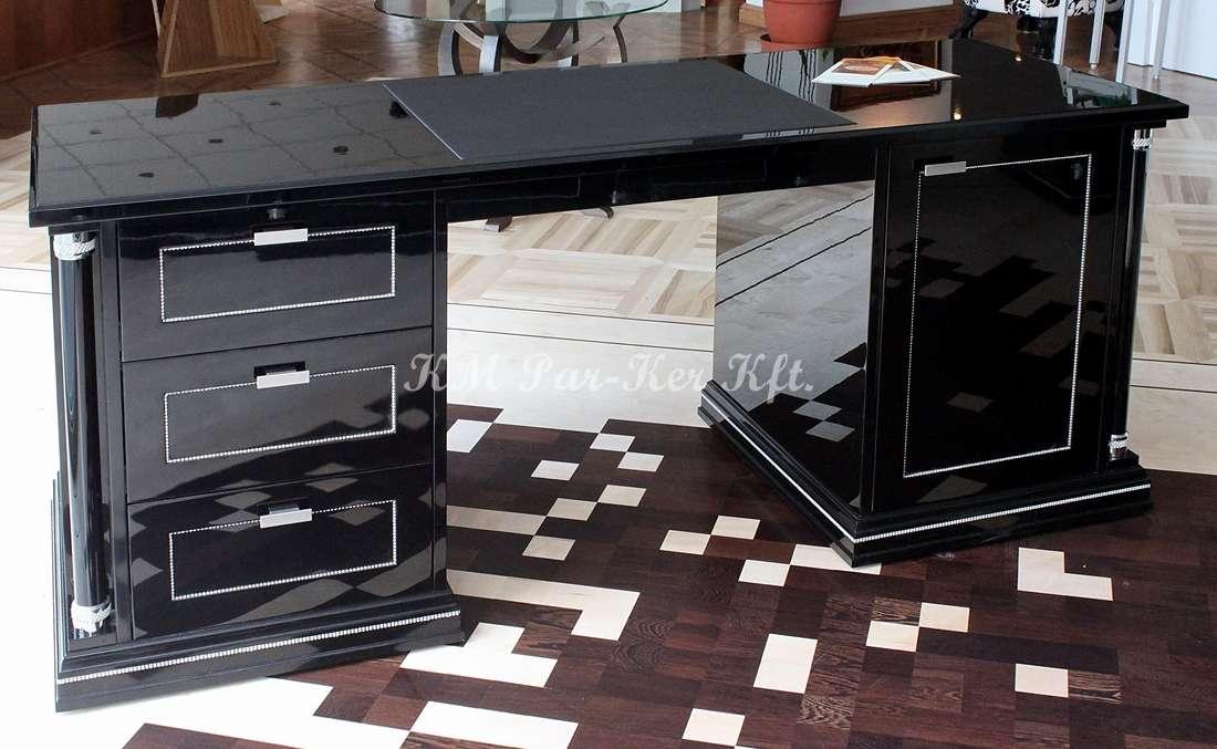 egyedi bútor 09, főnöki íróasztal
