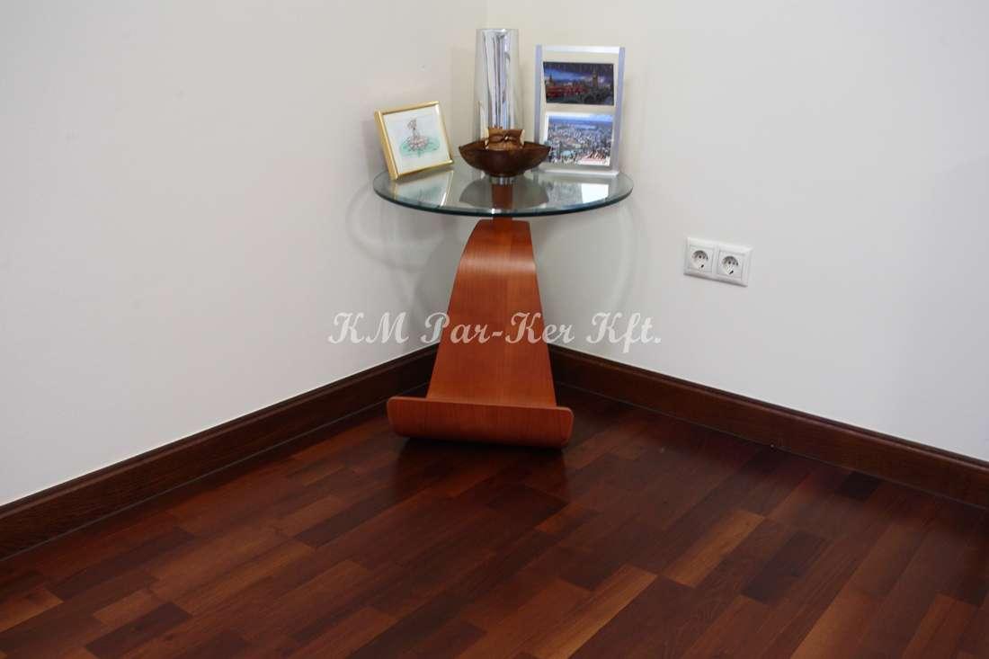 egyedi bútor 25, sarok asztal