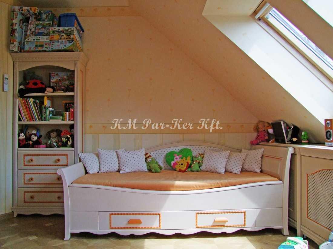 egyedi bútor 32, gyerekszoba, ágy