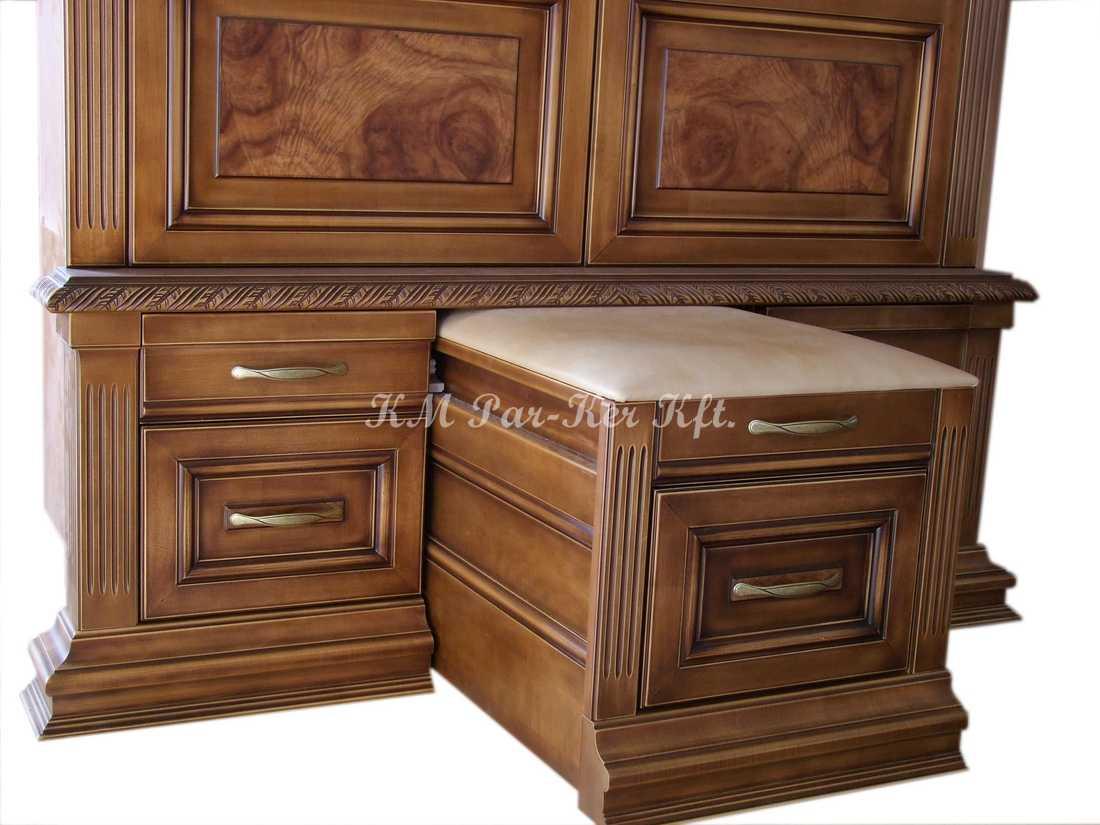 egyedi bútor 44, előszoba szekrény