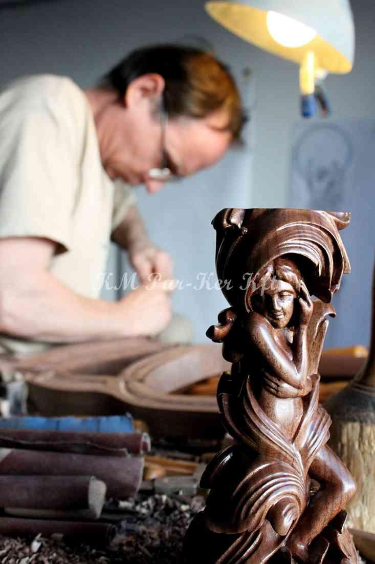 meuble sculpté 15, sculpture de bois