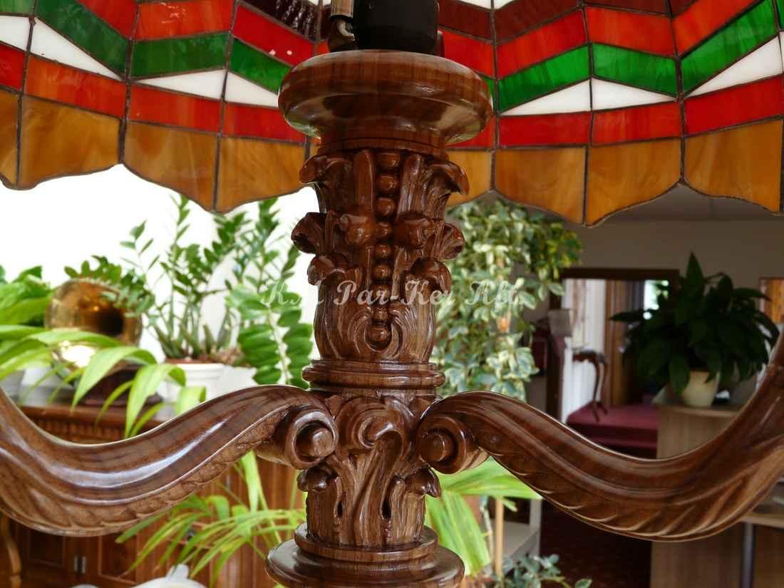 meuble sculpté 34, lampe de lecture sur pied