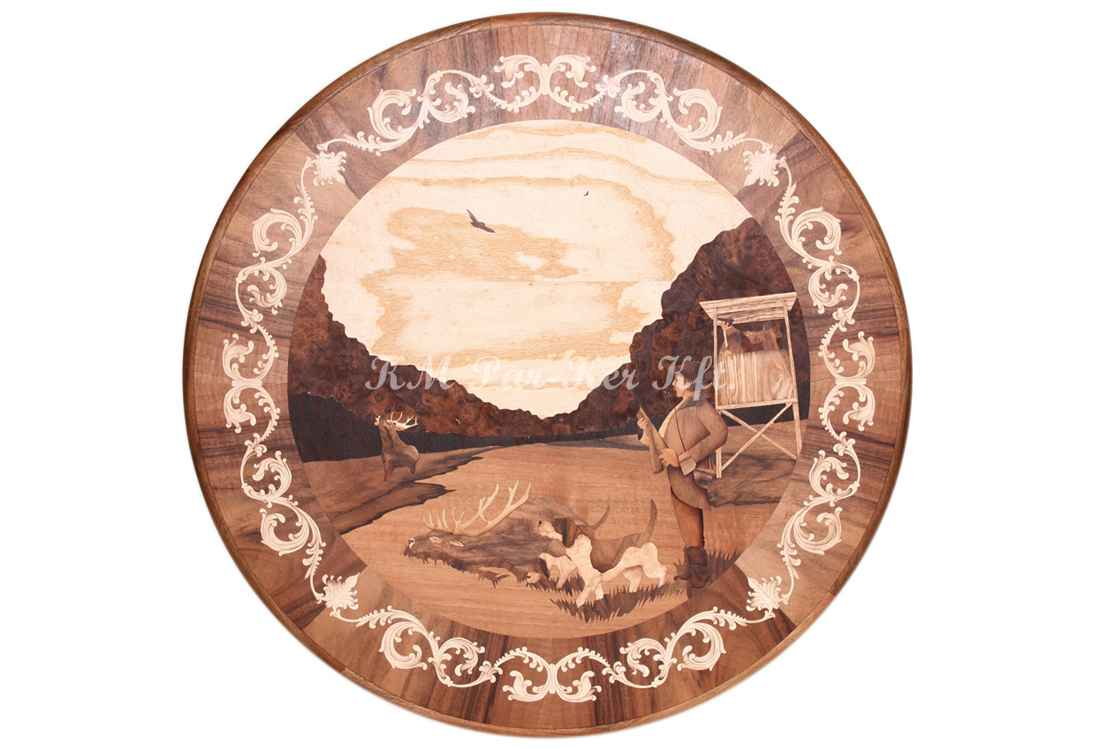 table marqueterie, Chasseur