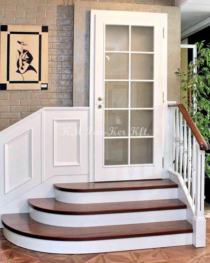 fa lépcső 01, pácolt tölgy, festett homloklappal