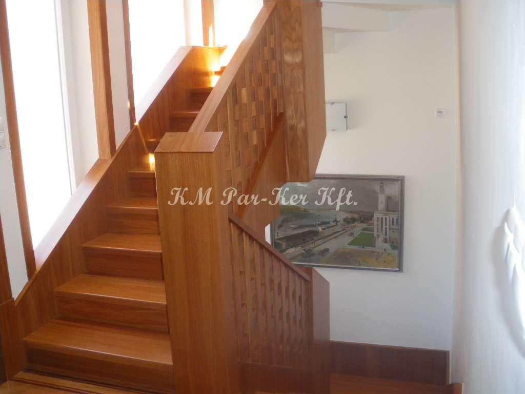 fa lépcső 13, rácsos doussie