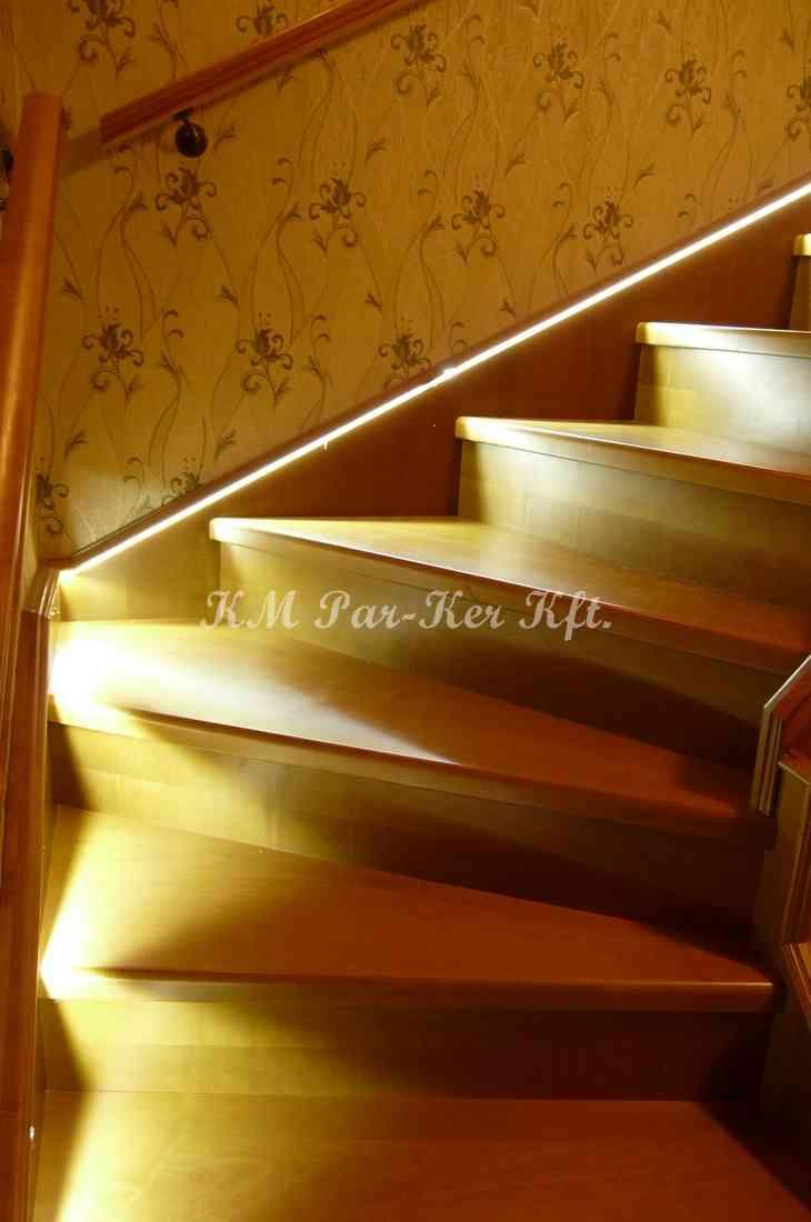 fa lépcső 21, ledes világítás