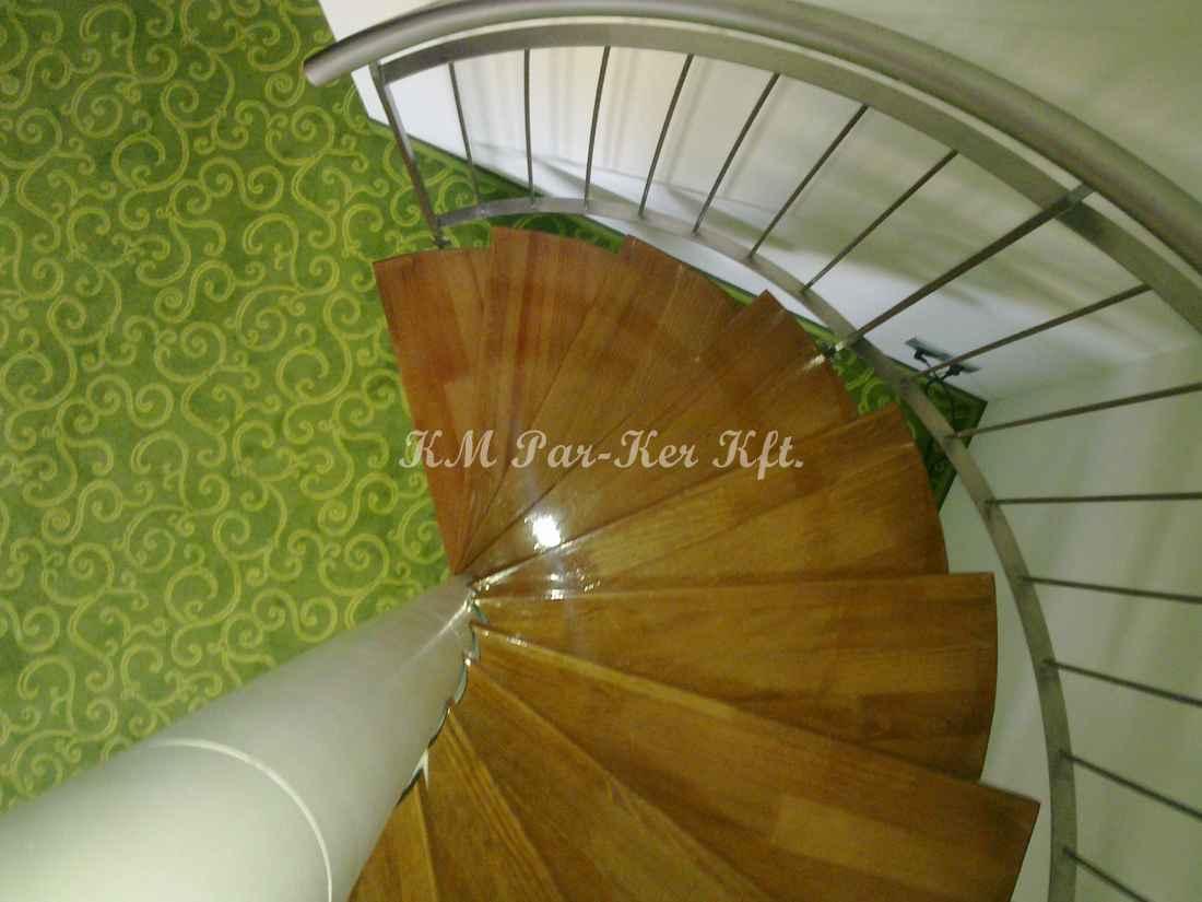 fa lépcső 45, csigalépcső