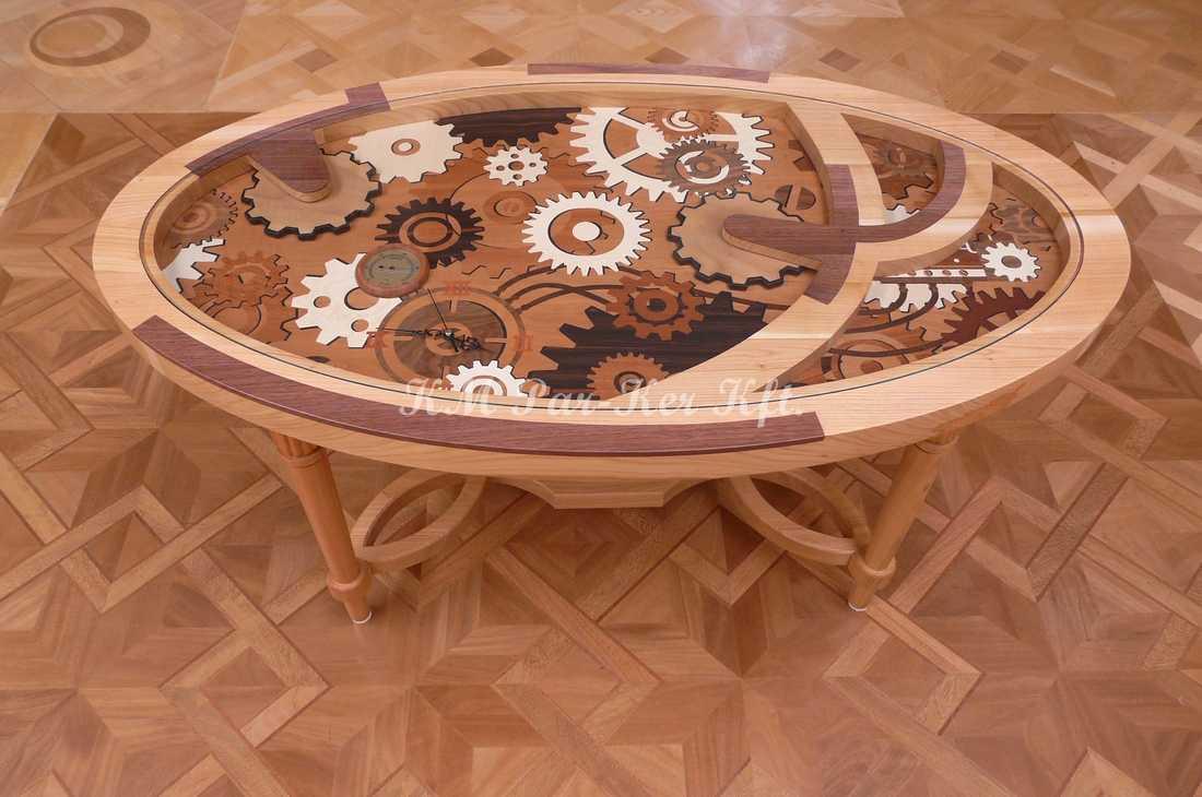 intarziás bútor 81, órás asztal
