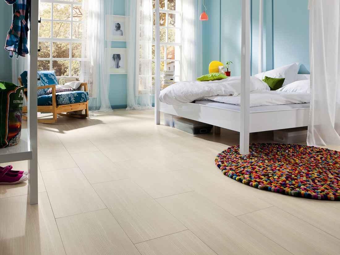 laminált padló 02, széles fózolt