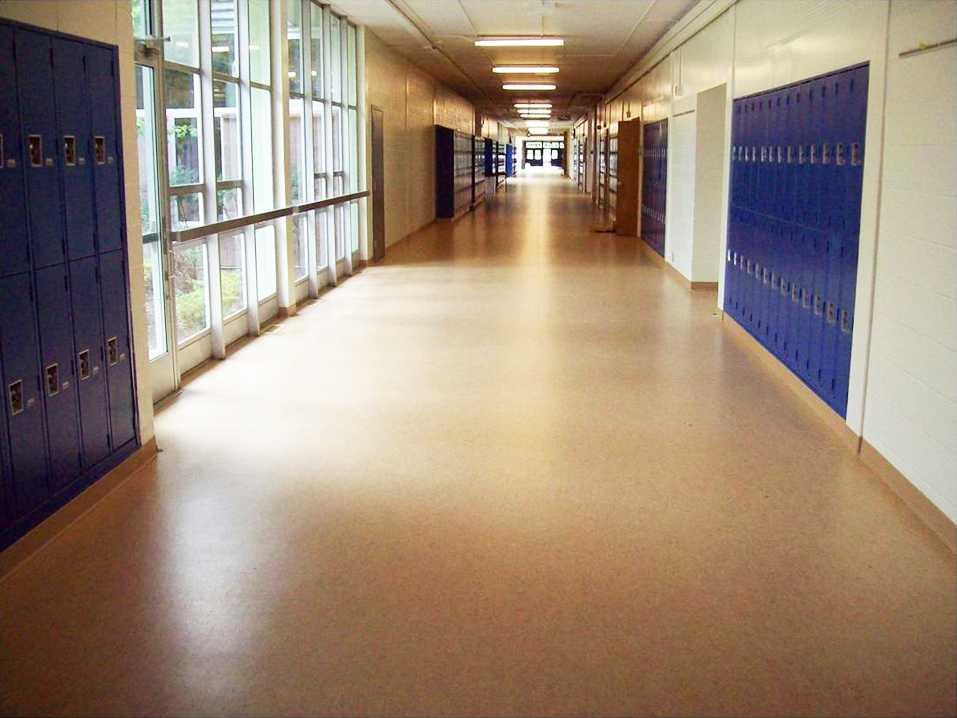 linóleum padló 12, iskolai folyosó