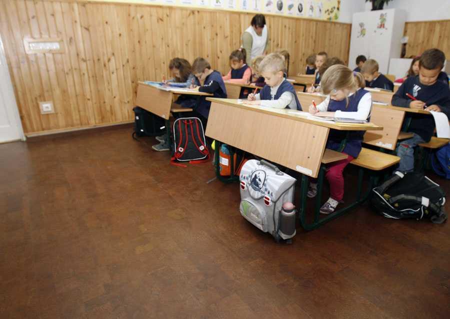 parafa parketta 15, iskola