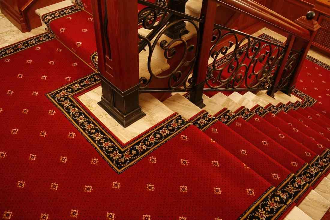 szőnyegpadló gyapjú 19, lépcső