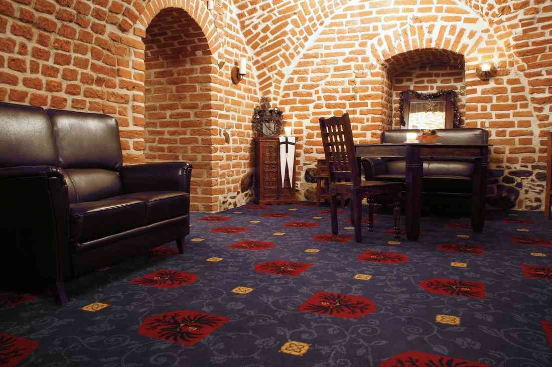 szőnyegpadló gyapjú 26, pince