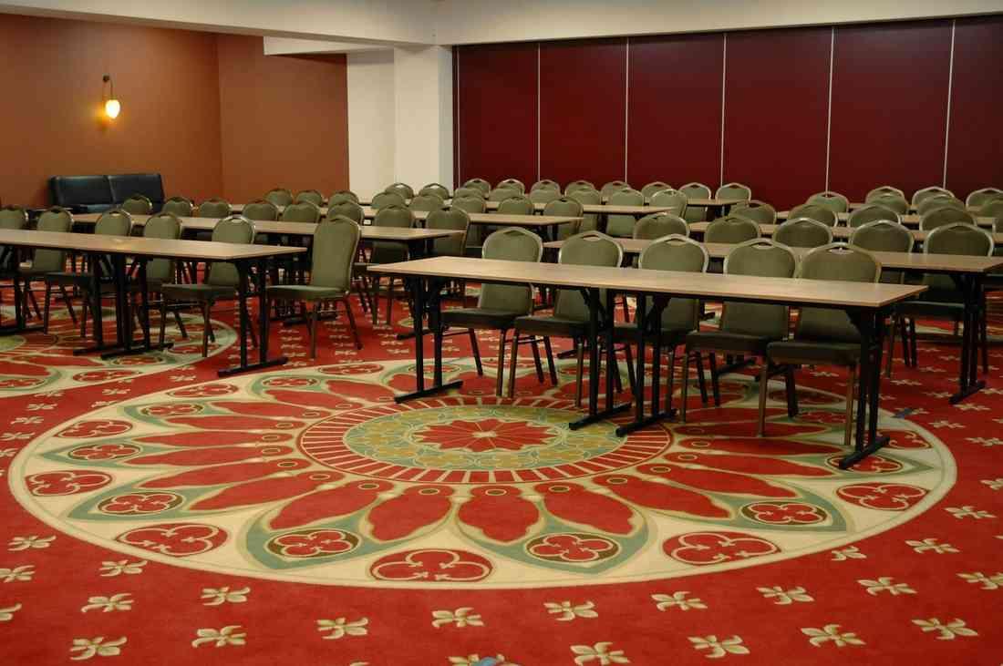 szőnyegpadló gyapjú 27, konferencia terem
