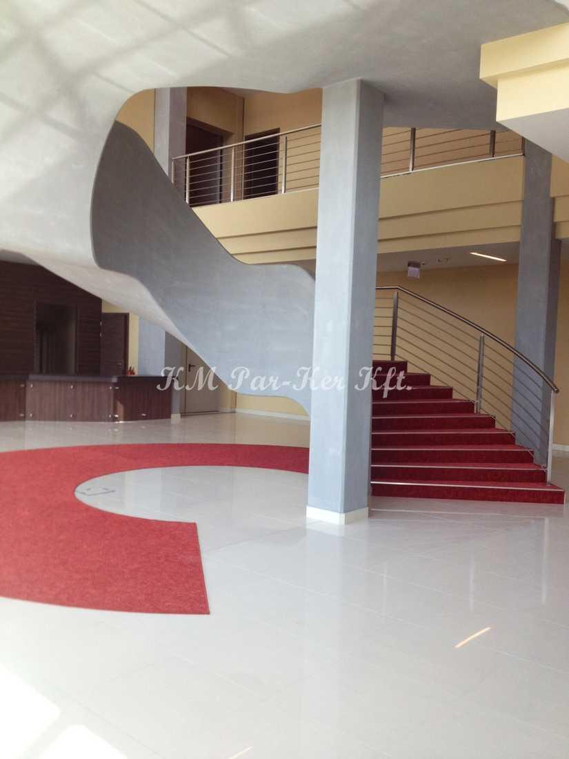 szőnyegpadló poliamid 35, lépcső