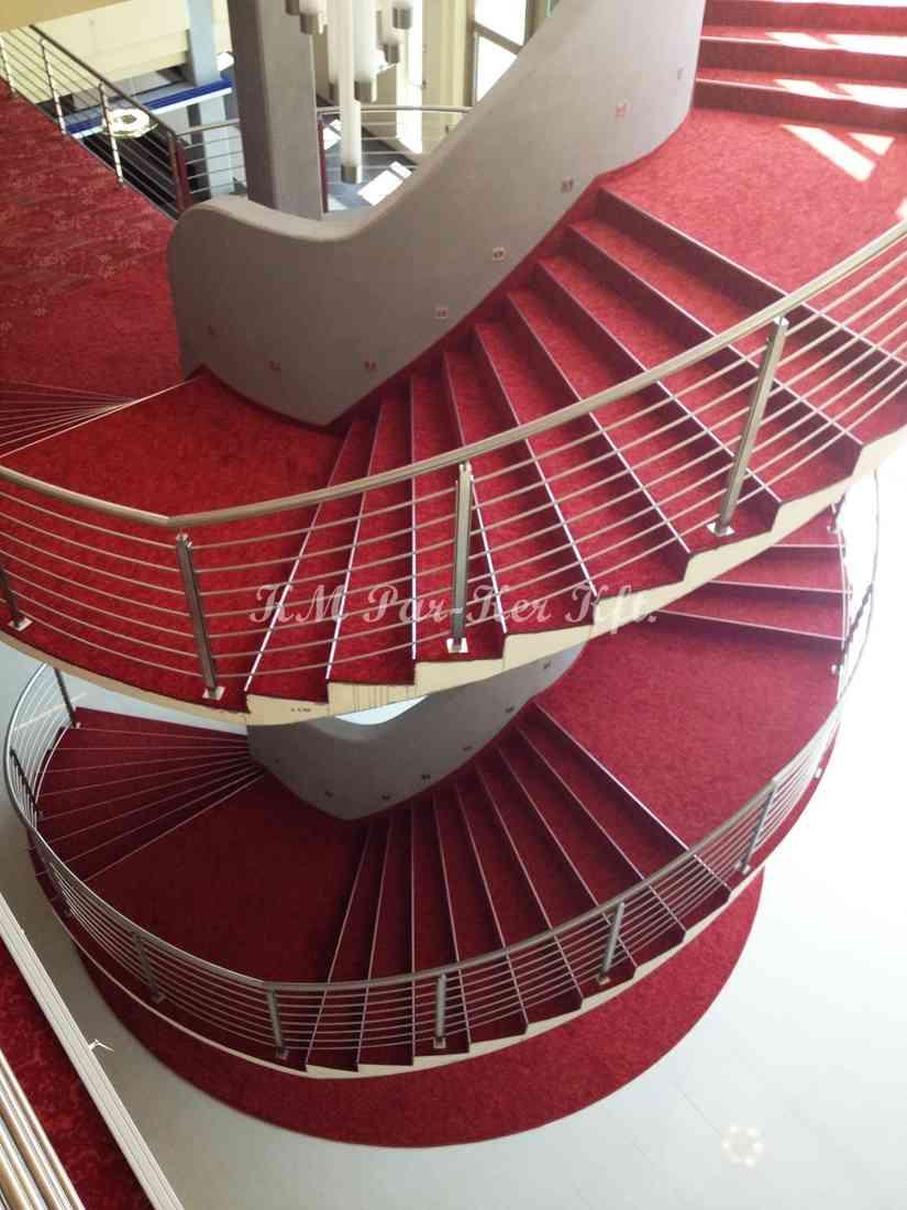 szőnyegpadló poliamid 36, lépcső