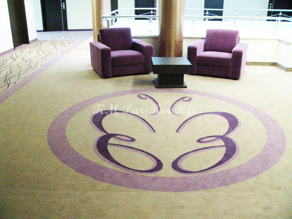 szőnyegpadló poliamid 57, céglogó
